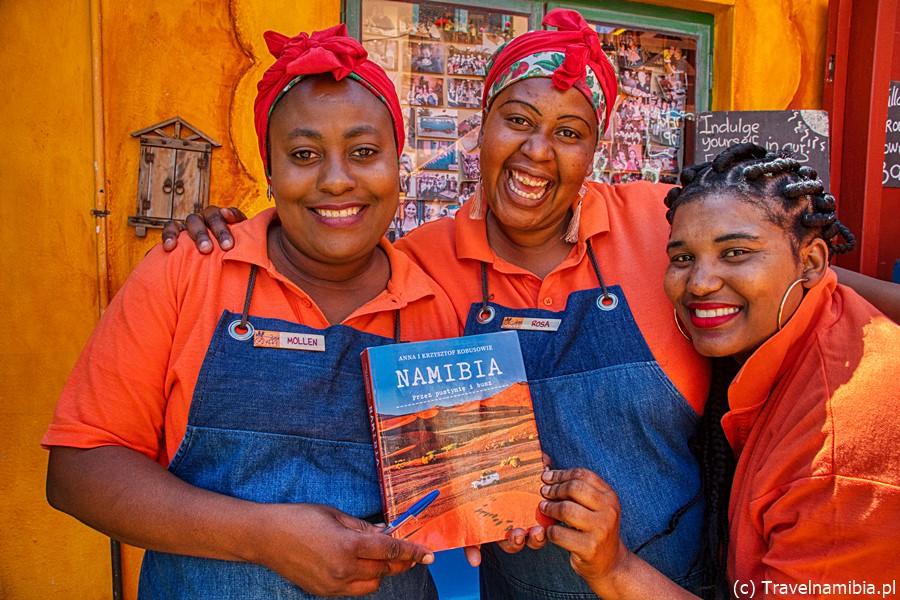 Współwydawcy! Macie wielkie podziękowanie i uściski także z Namibii! :D