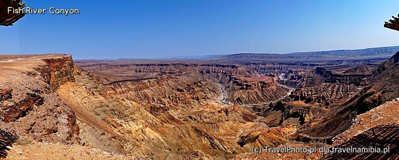 Fish River Canyon - zakole w całej panoramicznej okazałości