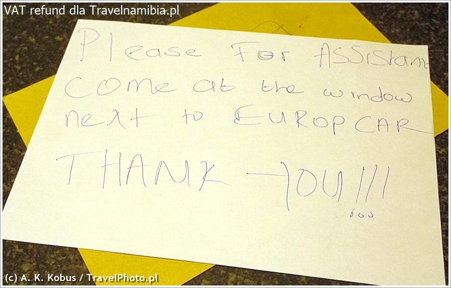 Ale jest kartka, kierująca Cię dalej (dobrze, że to malutkie lotnisko!)