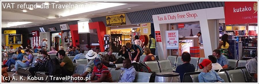 Po przejściu odprawy i nadaniu bagaży idziesz do hali odlotów. Tu jest drugi kantor, gdzie dostaniesz kartę na którą będzie przelana kwota VAT.