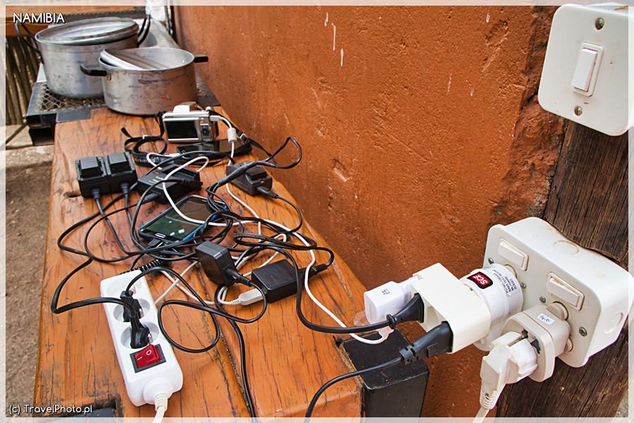 Ładowanie sprzętu - warto mieć rozgałęziacz!